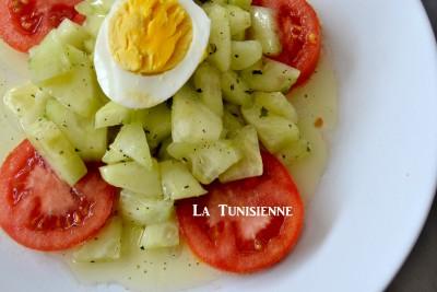 Salade tunisienne de concombre – Slatet faqous