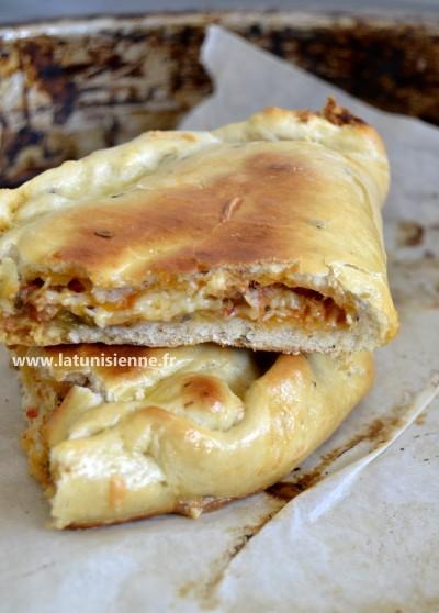 Maxi pizza calzone à la tunisienne