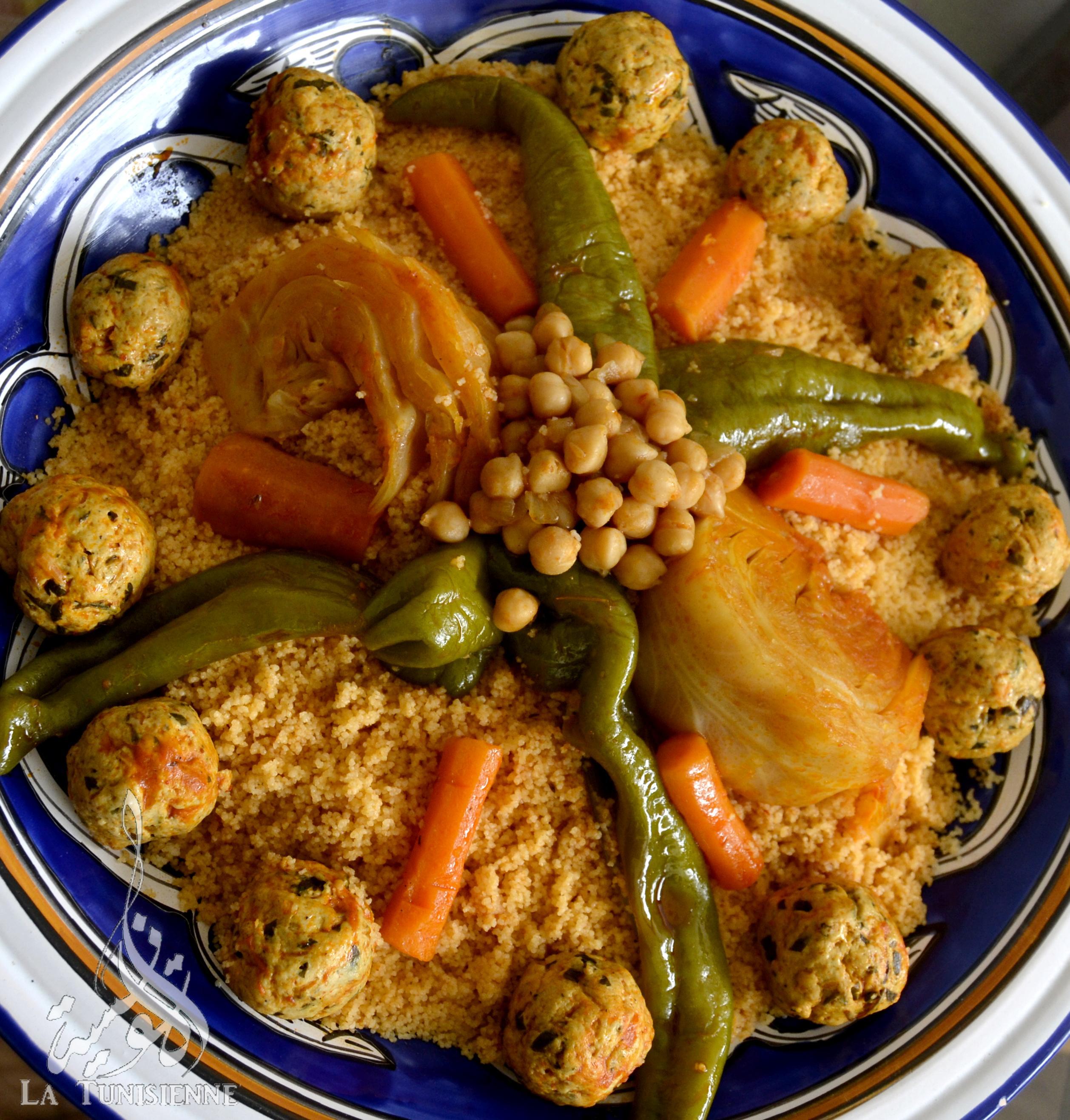 Coucous Aux Legumes Et Boulettes De Poulet