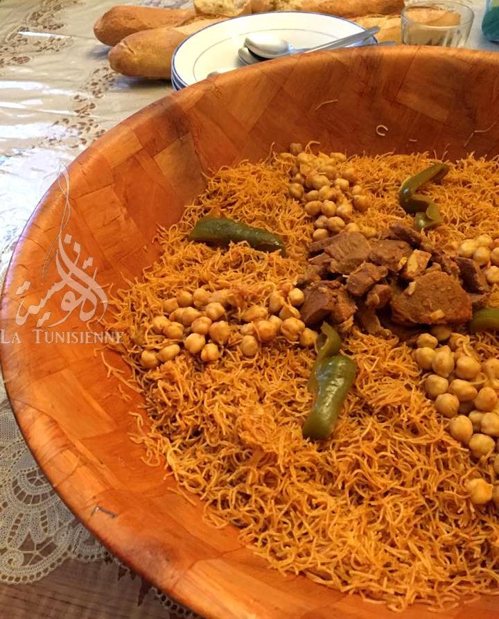 Vermicelles tunisiennes la vapeur douida mfawra - Cuisine tunisienne ramadan ...